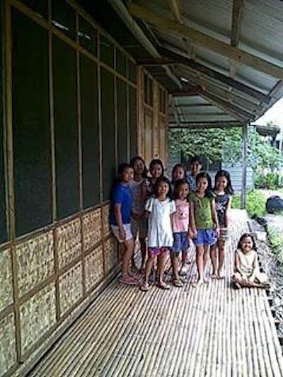 joyland-verandah-children.jpg