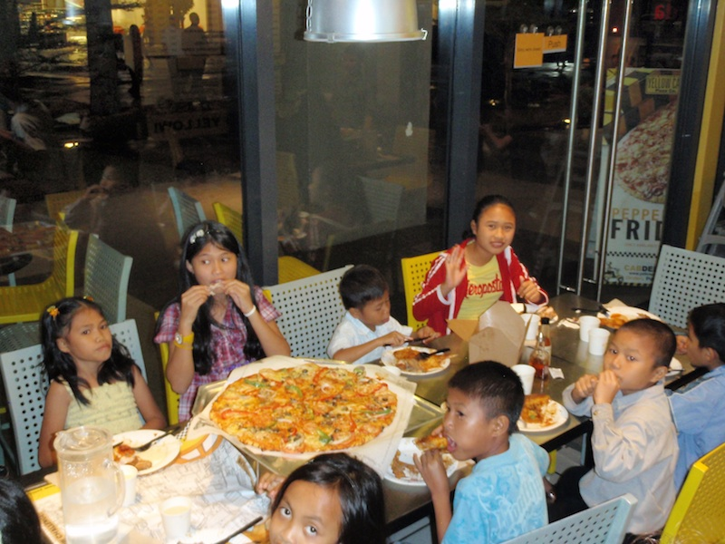 jl-the-big-pizza-P1010775.jpg