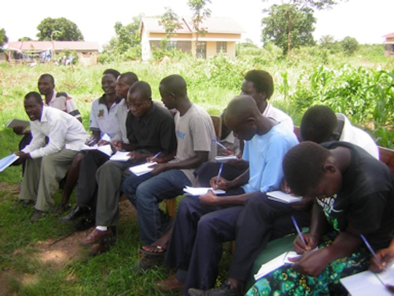 MAM-peer-educators-and-youth-training-800